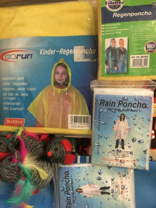 Regenponchos und Sisal Spielmäuse für Katzen