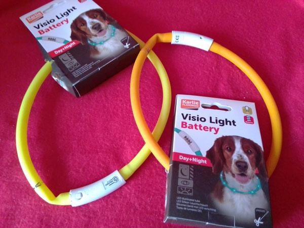Leuchthalsbänder (kürzbar) für die Spaziergänge in der Dämmerung
