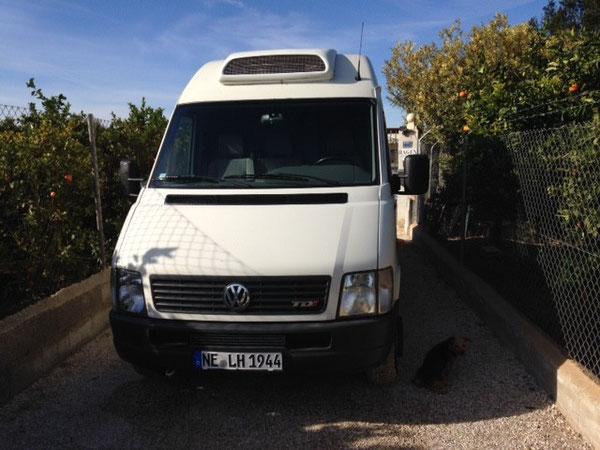 Der neue Transporter vor dem Refugio Esperanza