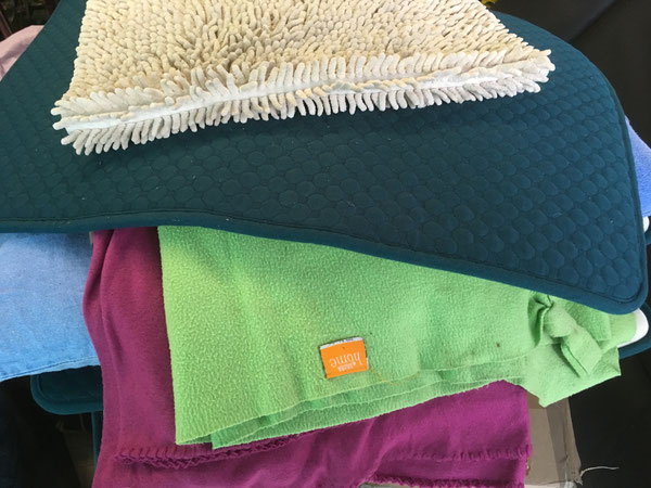 Weitere Decken und kuschelige Unterlagen