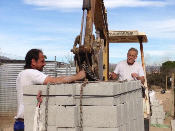Walter, der seinen Jahresurlaub in Refugio Esperanza verbringt um dort mitzuarbeiten