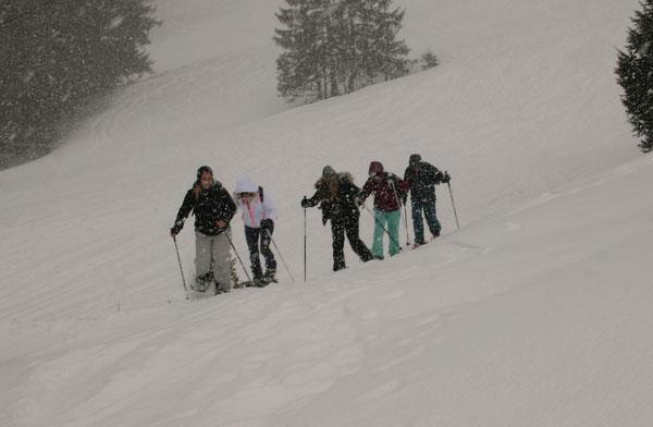 Schneeschuhtour Schneeschuhwandern Gruppenevent