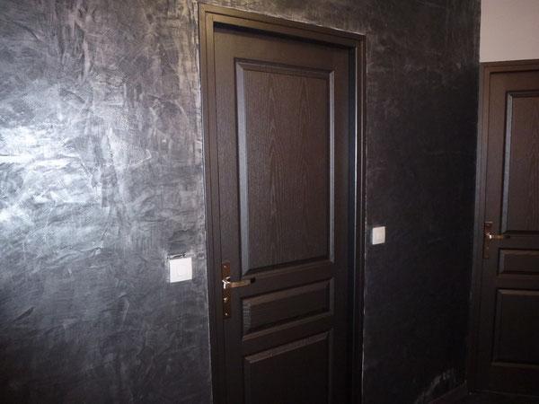comment peindre un chassis de porte au bout du rouleau. Black Bedroom Furniture Sets. Home Design Ideas