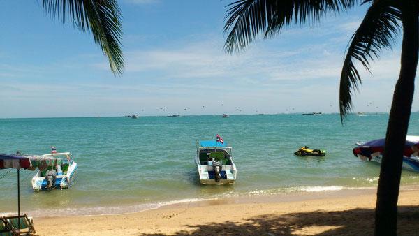 パタヤは海風があるのでバンコクに比べ涼しい