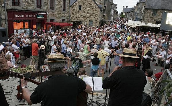 Fête de Saint Suliac, Saint Suliac il y a 100 ans, premier dimanche d'Août