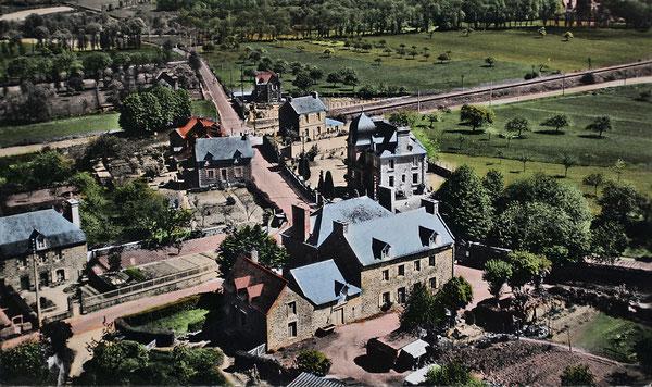 Vue aérienne du bourg de la Hisse