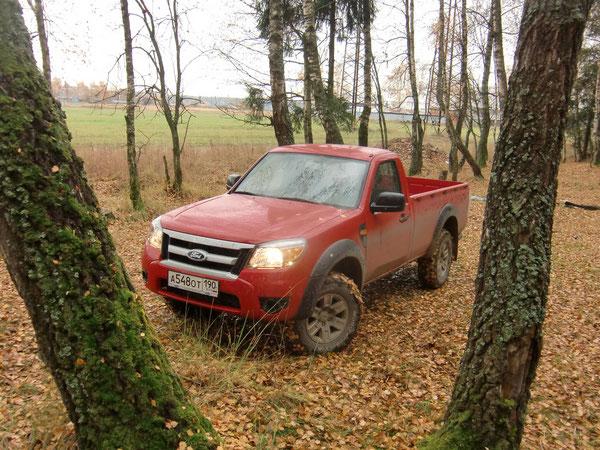 Производитель: Ford‑Werke GmbH. Модель: Ford Ranger 2AW-8B1 – 2  (2AW) – BE1). Цена в базовой комплектации (на 01.2012): 861 000 руб. Автомобиль на тест предоставлен представительством Ford в России.