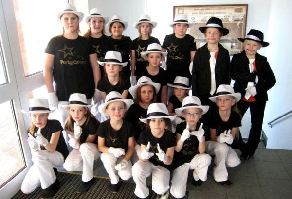 """Saison 2009/2010 Fesche Teens Motto """"Gangster"""""""