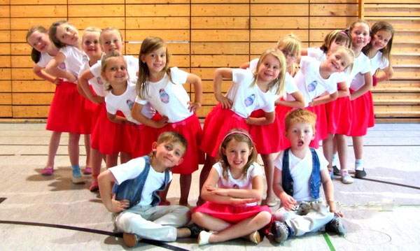"2011 Dance Kids 2011/12 Motto ""Rußland"""