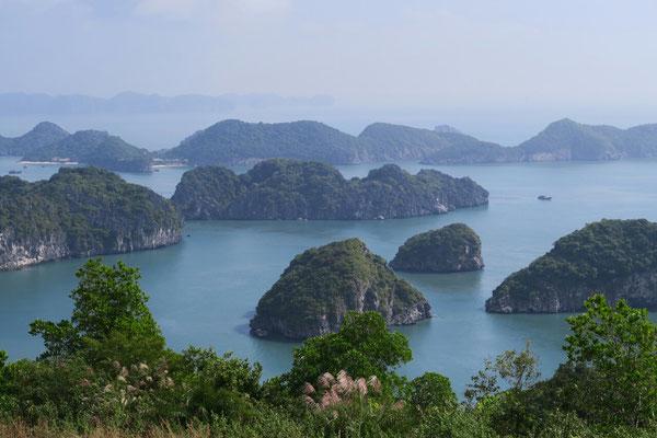 Vue sur la baie de Lan Ha depuis fort canon