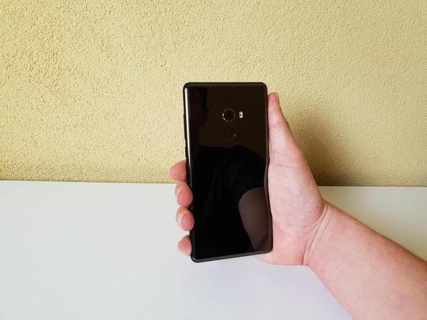 Xiaomi Mi Mix 2 de dos