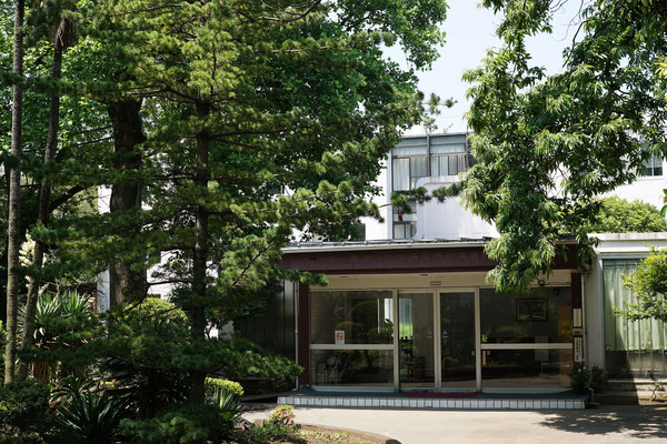 額田医学生物学研究所付属病院入口