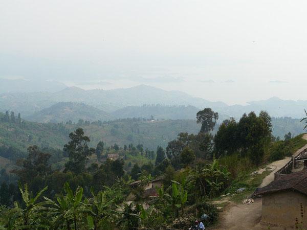 コンゴナイルから見たキブ湖