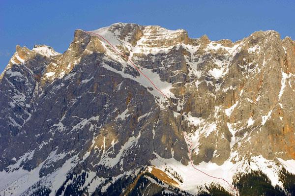 Die Zugspitze von der Fernpassstraße aus gesehen.