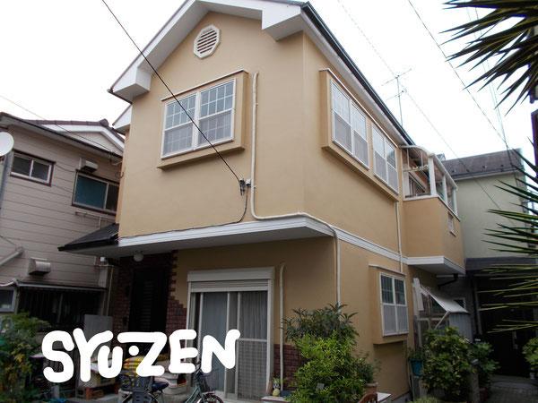 横浜市中区上野町○○様邸。かわいい仕上がりになりました。外壁塗装と屋根塗装