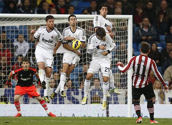Xabi Alonso volvió a ser uno de los más destacados del Real Madrid.
