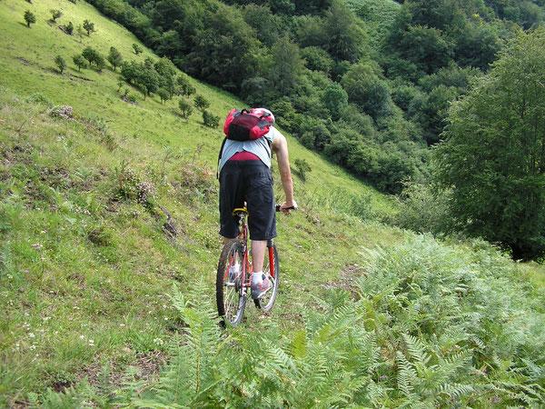 Du sentier muletier pyrénéen comme on l'aime en vélo tout terrain !