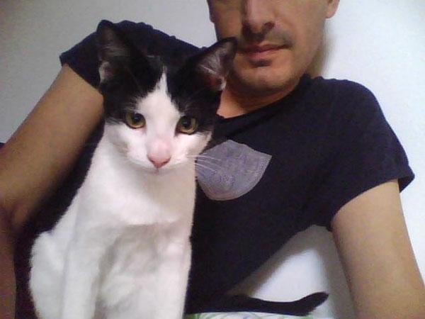 Leo e Marco guardano la pagina dell'Oasi :-)