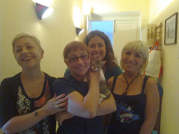 Un grazie a zia Ornella, zia Claudia, zia Susanna e zia Alice. Un aiuto splendido da persone splendide.