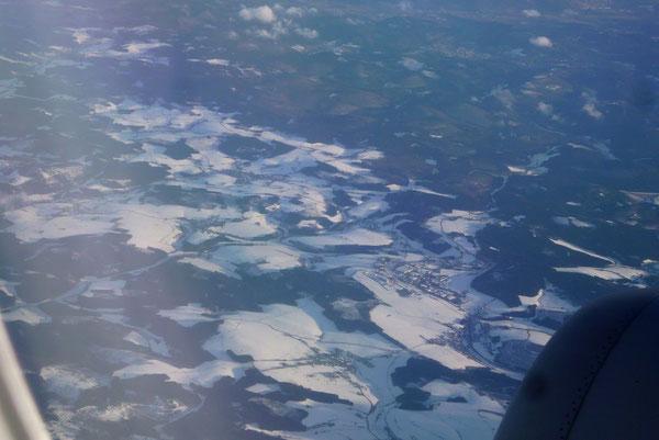 Ein wenig Schnee auf den Bergen des Sauerlandes.