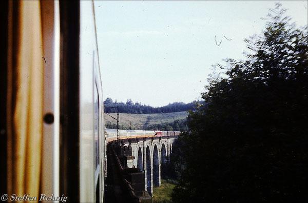"""Ex 172 """"SACHSENRING"""" Berlin Lichtenberg - Dresden Neustadt - Zwickau auf dem Hetzdorfer Viadukt (1982)"""