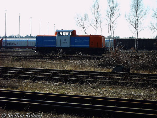 212 311-5 der NBE in Nürnberg Rbf (21. März 2005)