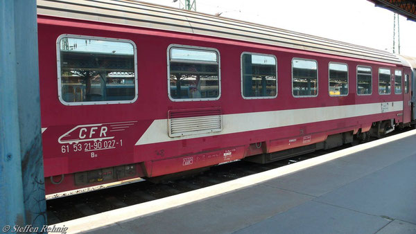 B 61 53 21-90 027-1 in Budapest Keleti (Juni 2007)