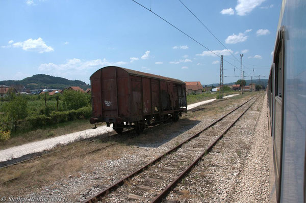 Einfahrt in Modriča ....