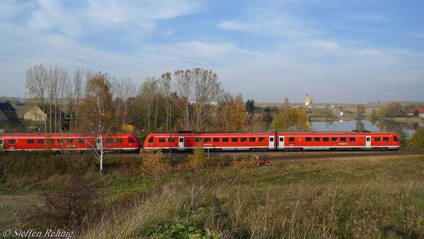 Raitzhain, DB AG-Kippzug Richtung Gera, Aufgenommen vom Damm der alten Straßenbrücke (November 2010)