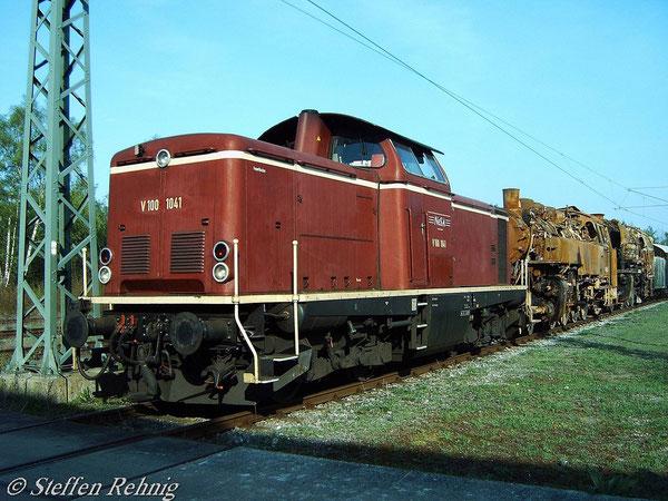 V 100 1041 der NeSA Eisenbahn-Betriebsgesellschaft Neckar-Schwarzwald-Alb mbH, Balingen in Nürnberg (4. Mai 2006)