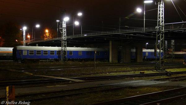 Begleitwagen für Castortransporte BDms 055, 51 80 09-70 801-8 und 51 80 09-70 802-6 (ex BDms 273 Nr. 51 80 82-70 076-7 und 82-70 090-8), Bamberg (Oktober 2007)