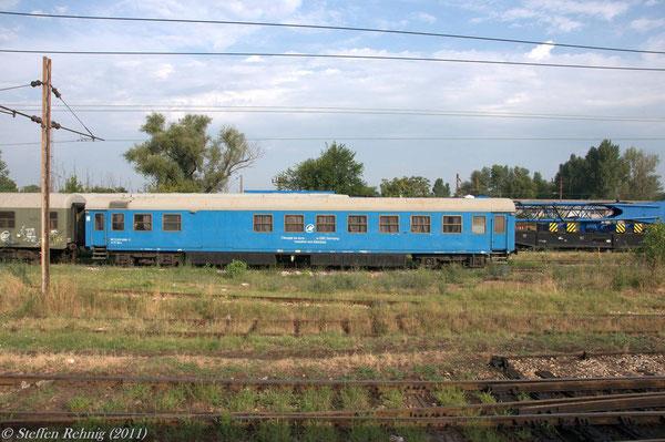 Uak-zz 80 72 925 039-9 in Beograd (17. Juli 2011)