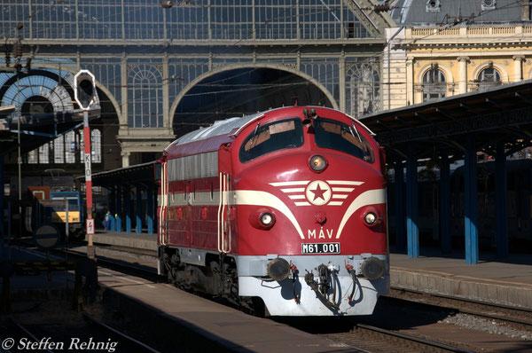 M 61.001 in Budapest Keleti pályaudvar (7.9.2012)