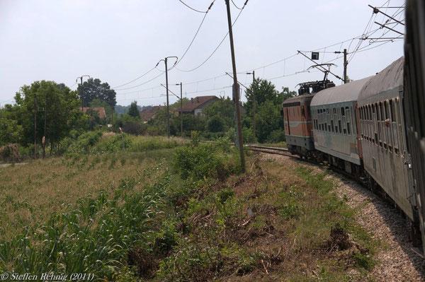 ständige Halte vor Bahnübergängen ....