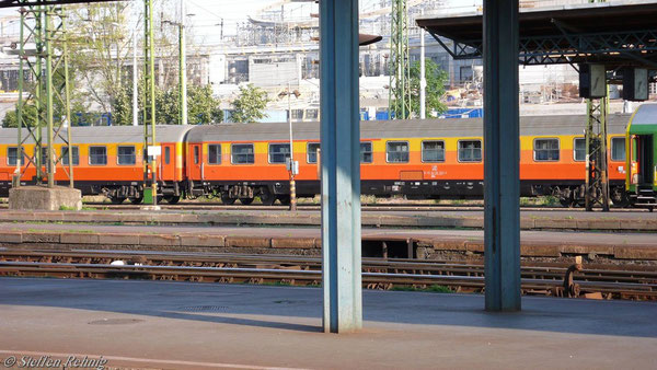 ABIm 51 72 30-70 703-9 in Budapest Keleti (Juni 2007)