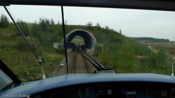 Zwischen Schmirchau und Anschluss Lichtenberg gibt es sogar einen Tunnel