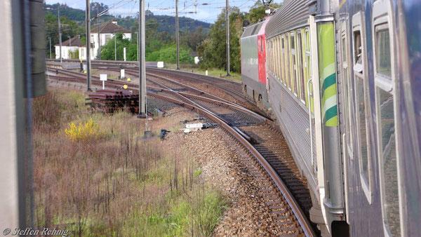 Zugbildung des Sud Expresso: Eurosprinter, 2.Kl. Sitzwagen, Schlafwagen.....