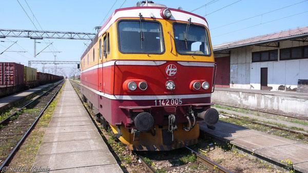 BR 1142 005-6 der HZ in Sid (Serbien)
