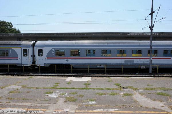.... mit Zug B 741 (München -) Zagreb - Vinkovci