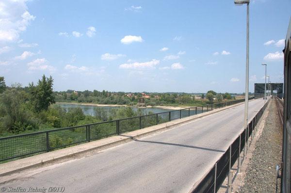 Grenzbrücke über den Fluss Save