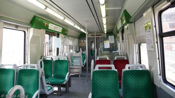 ....mit ihren neuen (Straßenbahn-) Fahrzeugen