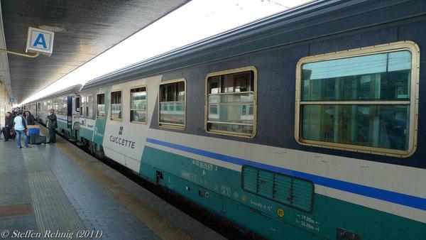 """Liegewagen im EN 221 """"STENDHAL"""" in Venezia Santa Lucia (März 2011)"""