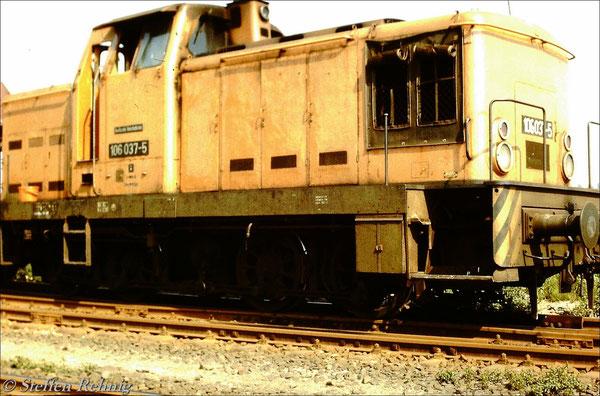 106 037-5 vom Bw Pankow in Liebenwalde bei Oranienburg (1987)