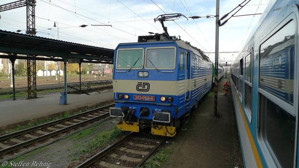 Plzen hln., noch bewältigen lokbespannte Züge den Fernverkehr