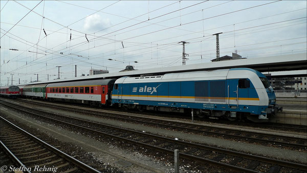 Zuglok bis Plzen ist 223 068 (14. April 2012)
