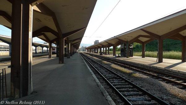 Bahnsteige in Sarajevo ....