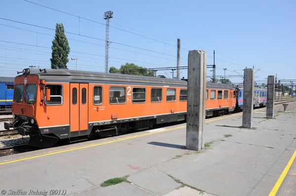 7122 022 in Vinkovci (17. Juli 2011)