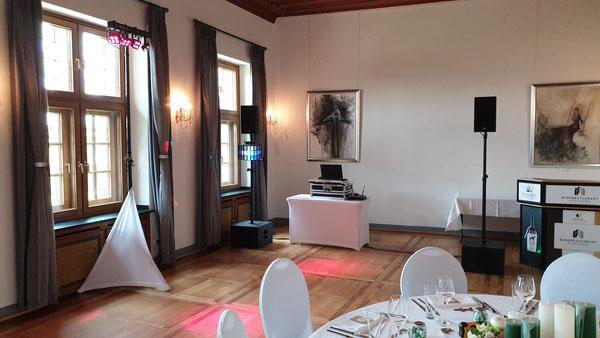 Hochzeits-DJ auf Burg Nidegen -  Herbert Brockel & Tobias Schlimbach