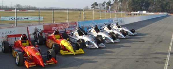 Formel selber fahren Berlin, Formel König Rennwagen
