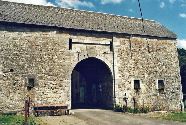 Le Portail De La Ferme Du Château en 2007